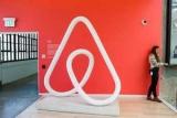 Airbnb в США удалил аккаунты участников митинга правых активистов