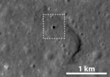 На Місяці знайшли гігантську печеру, в якій зможуть жити люди