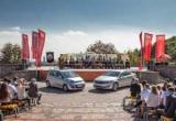 Falcon-AUTO передает автомобили KIA Национальной транспортной университет