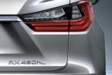 Lexus привезе в Лос-Анджелес семимісний RX L