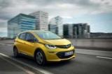 Високий попит зупинив прийом замовлень на Opel Ampera-E