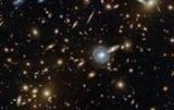 Hubble запечатлел сотни галактик на одном фото