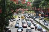 Влада Сінгапуру тимчасово заборонять реєстрацію нових автомобілів
